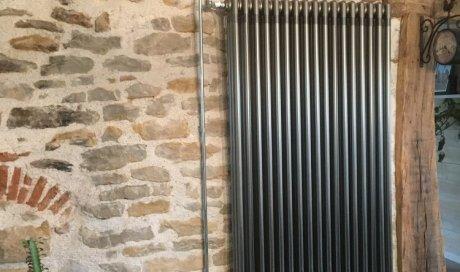 Installation d'un radiateur Design imitation fonte à Lons-le-Saunier